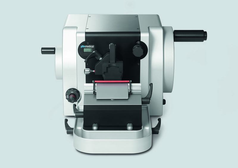 Powerful, compact, newly designed manual rotary microtome for a wide range of routine, research and industrial applications.